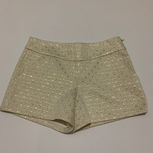 NWT Lilly Pulitzer cream w/ gold embroidery shorts
